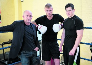 Shane McGuigan (right) with Andrew Flintoff (centre) and Barry McGuigan in Sky 1's Flintoff: From Lord's to the Ring
