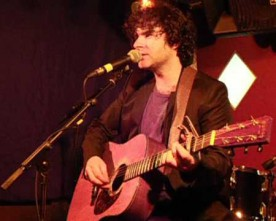 Paddy Casey plays Hennessys