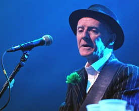 Pogues guitarist loses cancer battle at 56