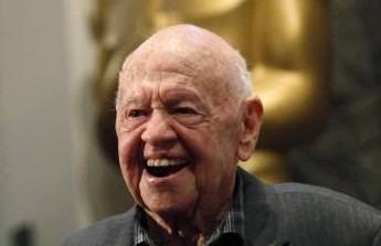 Screen great Mickey Rooney dies, 93