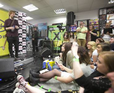 78 NO FEE ED SHEERAN AT HMV