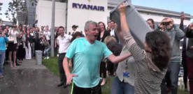 Michael O'Leary completes Ice Bucket Challenge