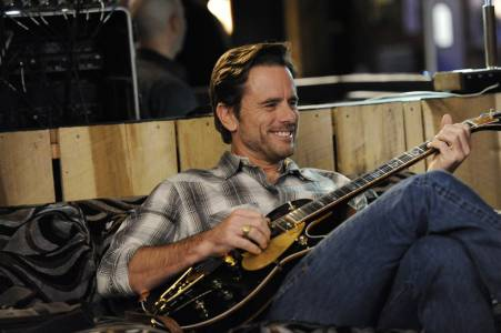 Charles Esten plays Deacon