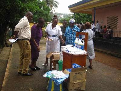 Distribution of hygiene kits & protective products  (3)