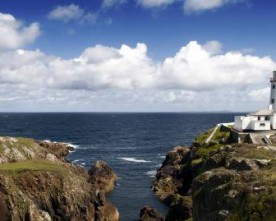 Photographer dies after sea fall
