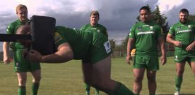 London Irish use world's first vending machine scrum