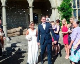 Irish bride with incurable cancer marries love of her life