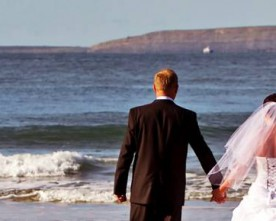 More and more Britons opting to wed in Ireland
