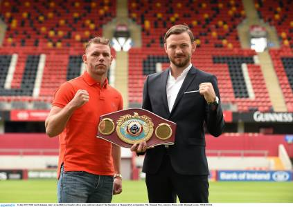 Andy Lee with opponent Billy Joe Saunders