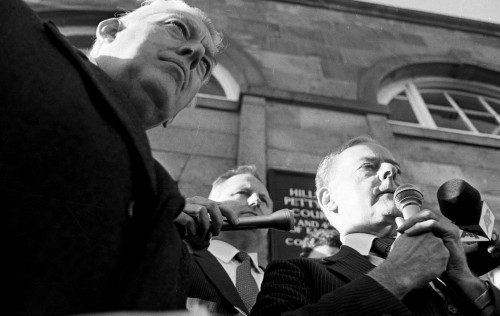 Thatcher on the Anglo-Irish Agreement IAN PAISLEY LEADER OF THE DUP AND JAMES MOLYNEAUX, LEADER OF THE ULSTER UNIONIST PARTY IN A JOINT PROTEST AT HILLSBOROUGH DURING THE SIGNING OF THE ANGLO IRISH AGREEMENT. 15/11/1985. PIC EAMONN FARRELL/RollingNews.ie