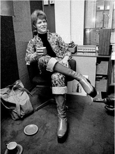 Fashion mourns the loss of Bowie