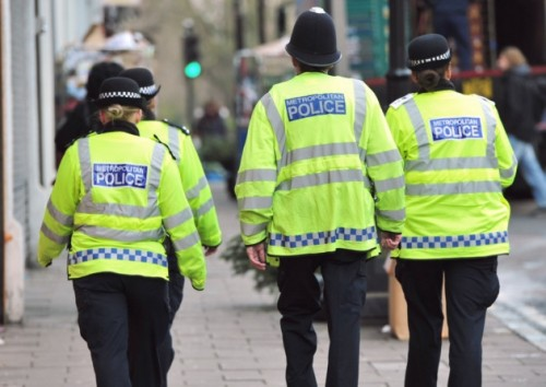 Fake Hornsey policeman attempts schoolgirl abduction
