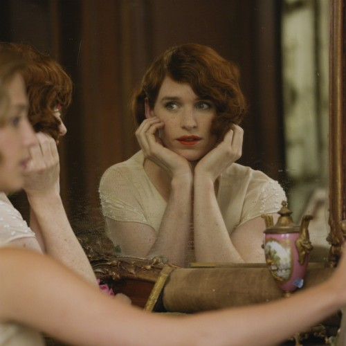 Eddie Redmayne  - Film Review: The Danish Girl