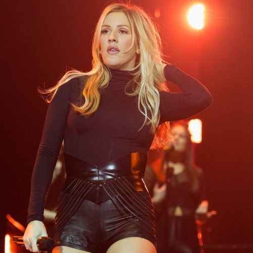 Ellie Goulding conquers crippling panic attacks with therapy