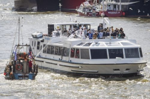 Geldof v Farage Battle on the Thames