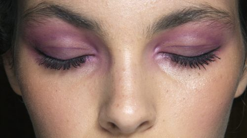 Womens intuitive attitude make up