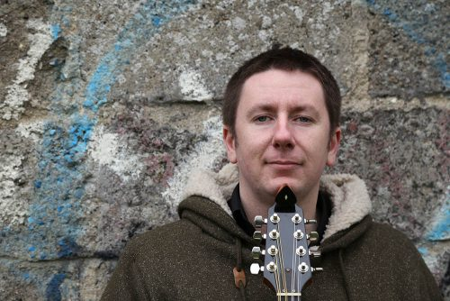 New single 2017 BBC Folk Awards winner Daoiri Farrell