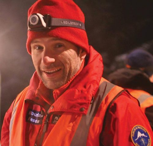 Tributes paid Irish Snowdonia mountain rescuer