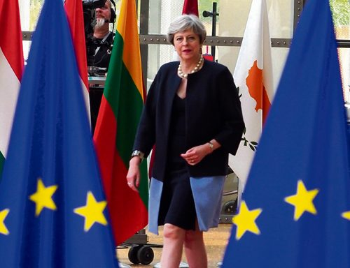 Commission warns business prepare no deal Brexit