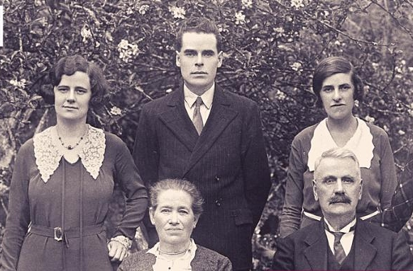 Irish university launches new family history course